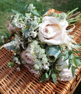 Bouquet on hamper