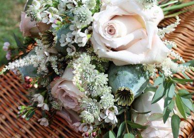 Bouquet on hamper